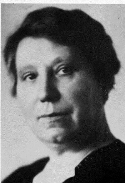 Paula Billstein