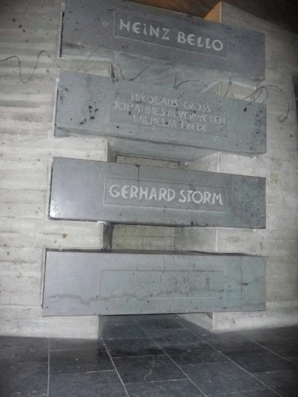 Die Gedenkstätte an den kirchlichen Widerstand in der Krypta des Doms St. Viktor